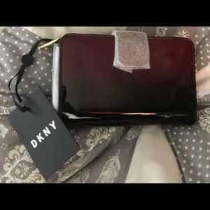 NWT DKNY Patent Leather Wallet